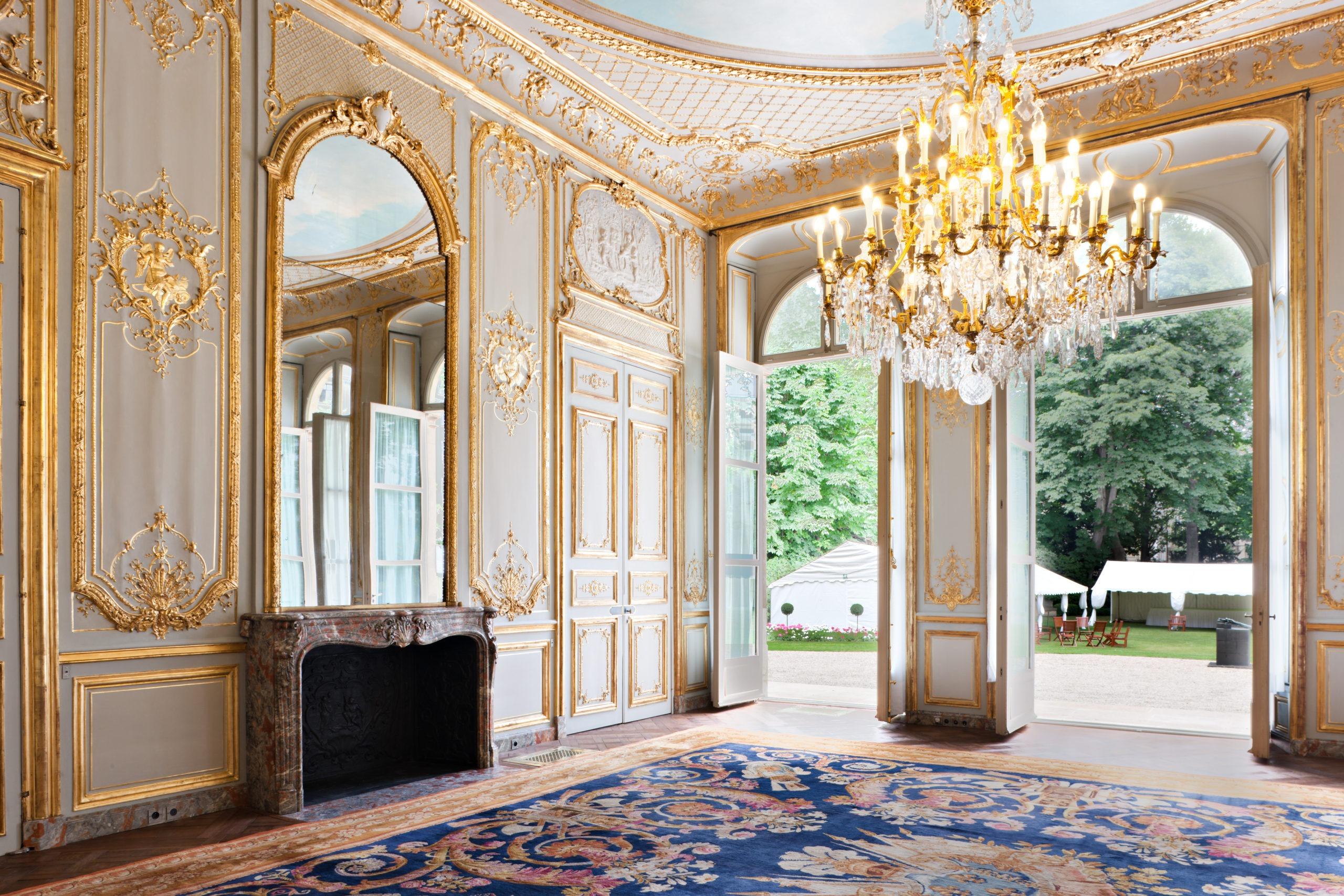 boiserie Louis XV dorure et blanc de roi