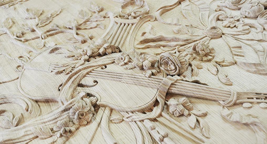 Trumeau sculpté chêne massif plein bois